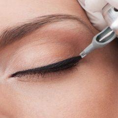 Kalıcı-Eyeliner-Uygulaması-1-1-1.jpg